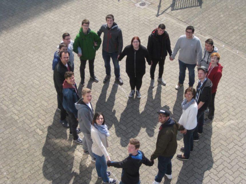ZiSch| Heinrich-Hertz-Schule Karlsruhe | Klasse 1BK2T